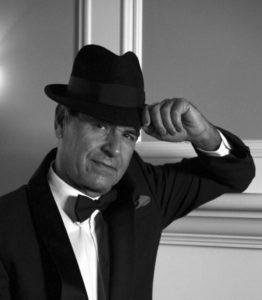 Tom Tiratto salutes Frank Sinatra